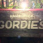 沖縄の「ゴーディーズ」で本格的なアメリカンバーガーを食べよう!