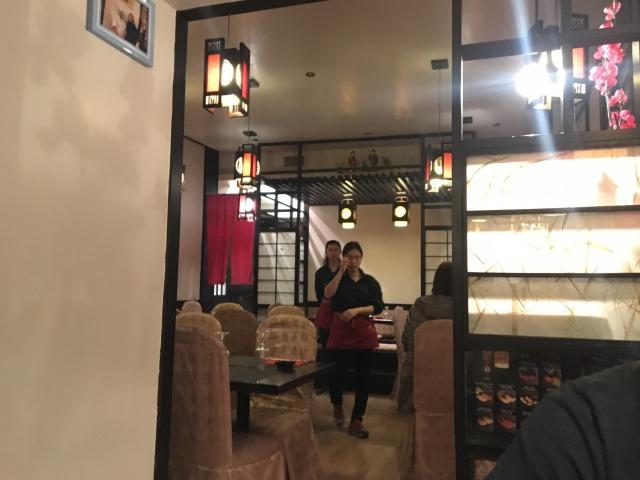 ローマにある「竹寿司」の内観