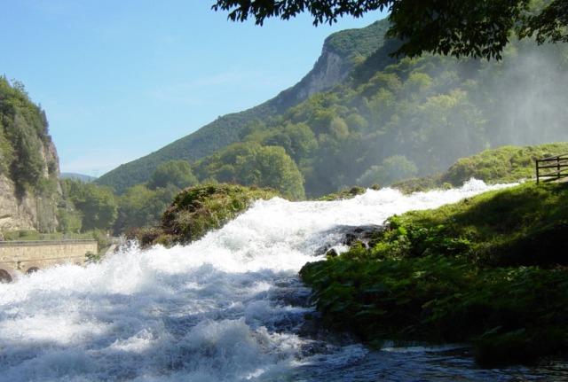 マルモレの滝の見所3:ニンフの輪