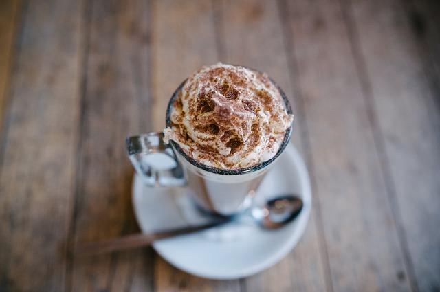 英会話:海外のカフェで英語でコーヒーへの追加項目を注文する