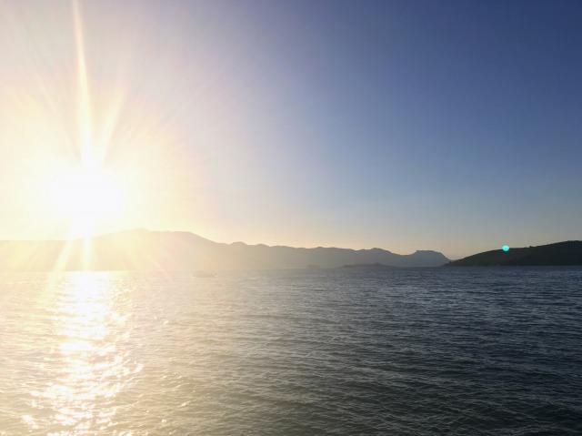 コルチュラ島旧市街から見える朝日