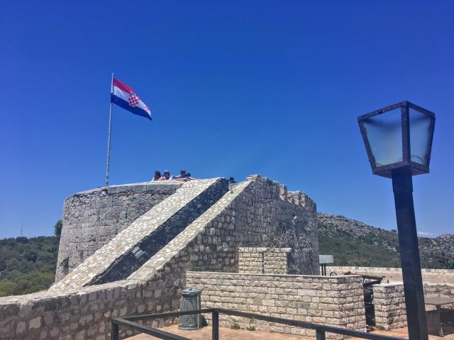 フヴァル城塞内の様子