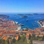 フヴァル島一の美景&観光スポット! 世界が恋する城塞ビュー