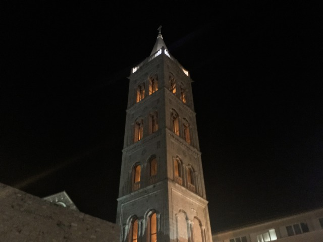 聖ストシャ大聖堂の鐘楼