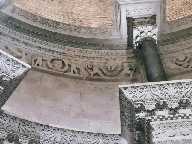 聖ドムニウス大聖堂のディオクレティアヌス帝