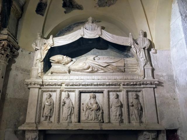 旧聖ドムニウスの祭壇