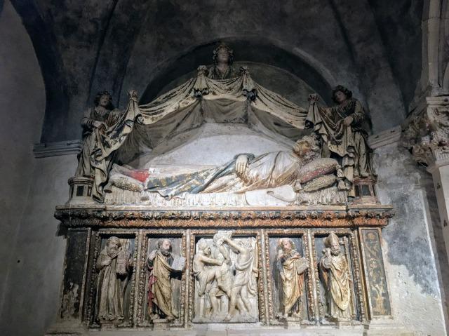 聖ストシャの祭壇