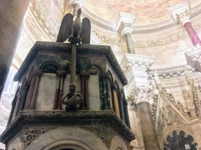 聖ドムニウス大聖堂の説教壇