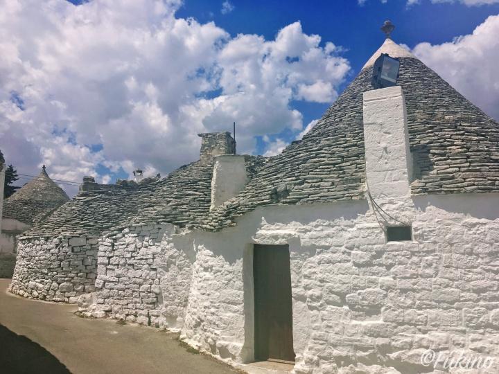 アイラ・ピッコラ地区では、昔ながらのトゥルッリも見ることができる