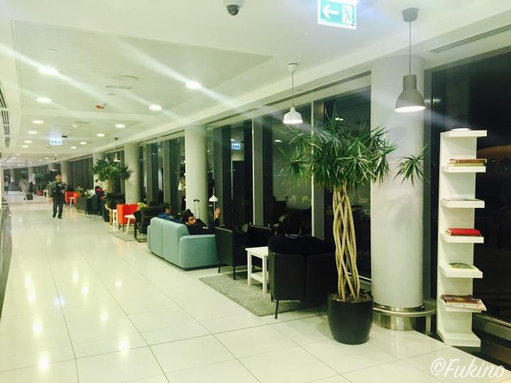 アブダビ国際空港内