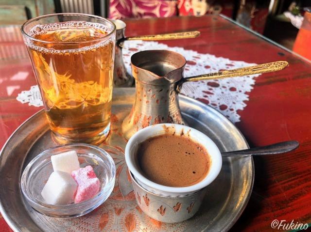 ボスニアンコーヒーのセット完了@Teahouse Džirlo