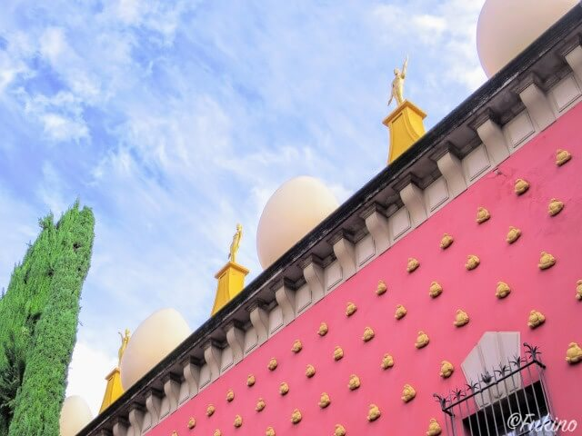 ダリ劇場美術館の装飾の一部