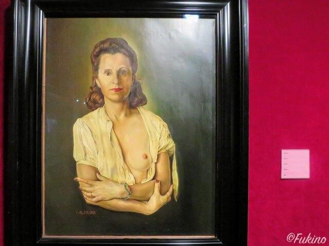 ガーラの肖像画(ダリ劇場美術館に展示されているもの)
