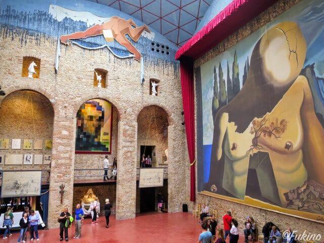 ダリ劇場美術館のステージ(クーポラ)