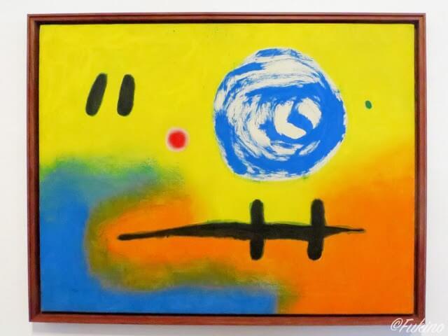 ダリと同じくカタルーニャ出身の芸術家・ミロの抽象的な絵
